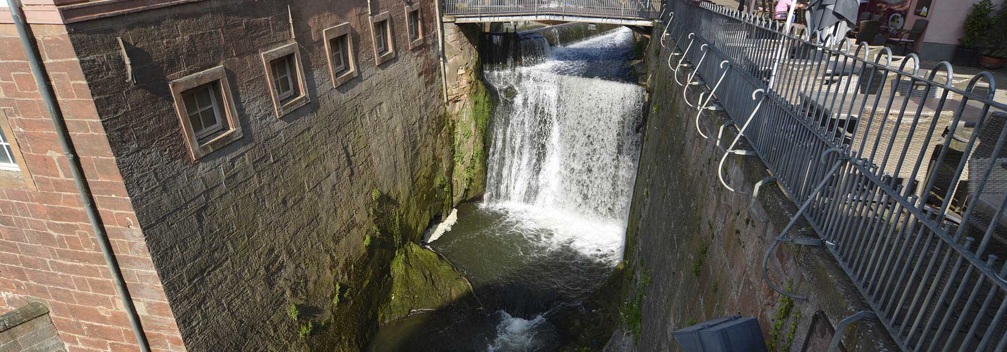 _ARN1264-Saarburg-Wasserfall