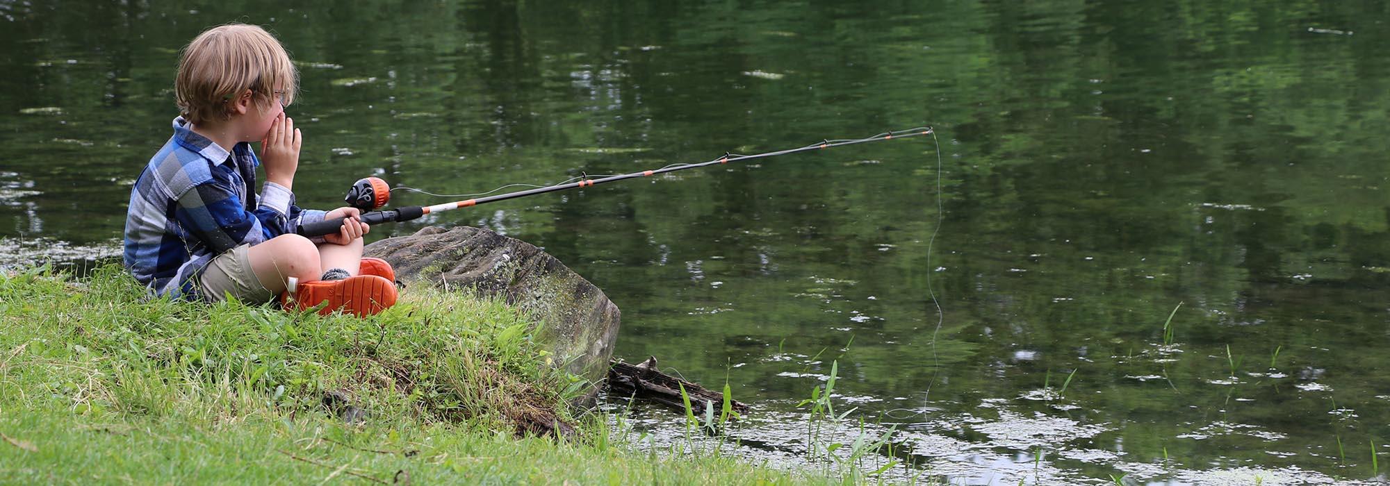 child-fishing-3867994-pixabay
